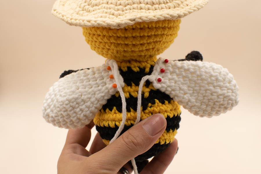 Betty-the-bee-amigurumi-pattern-28